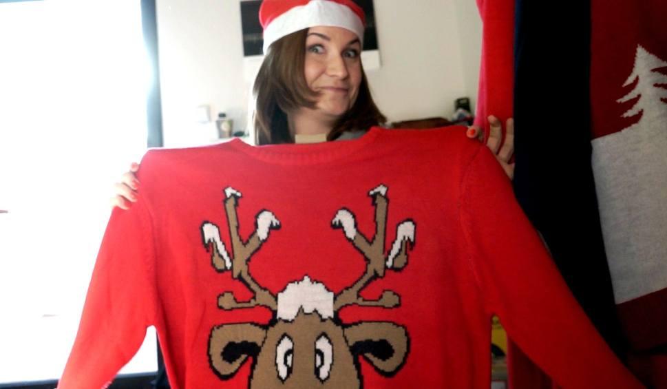 Film do artykułu: TU BYŁAM odc. 12. Kasia Kapusta pomagała w pakowaniu swetrów