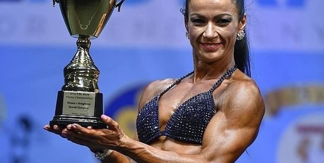 Tajemnice mistrzyni świata fitness. Nie rozstaje się z … wagą
