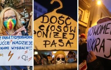 Te hasła przejdą do historii! Ironiczne, satyryczne i wulgarne napisy na transparentach Strajku Kobiet są jak memy i jak wizytówka pokolenia