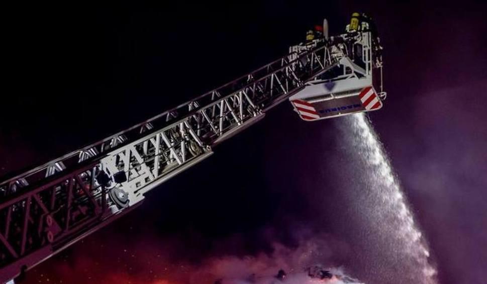 Film do artykułu: Gniezno: Pożar w Braciszewie. 30 jednostek straży w akcji