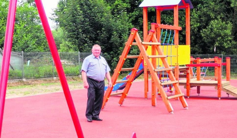 Film do artykułu: Gmina Odrzywół. W Wysokinie powstał plac zabaw dla dzieci. Jest monitorowany