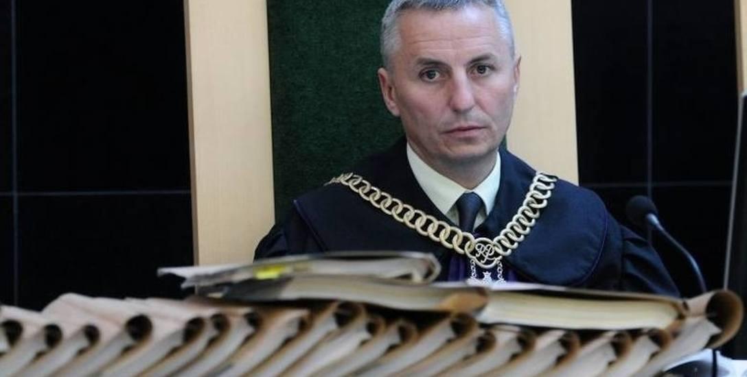 Pozbawiony wsparcia prezes sądu Dariusz Limiera zrezygnował