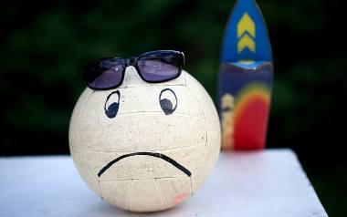 Skalski: Jeśli ktoś jesienią czuje się źle, ma myśli samobójcze, nie powinien czekać, aż mu przejdą. Trzeba iść do specjalisty