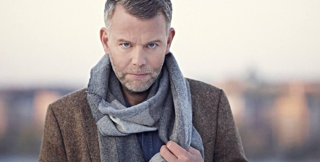 Arne Dahl, a właściwie Jan Arnald, szwedzki pisarz, krytyk literacki i literaturoznawca, urodził się w 1963 roku