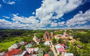 """Miasto Korony Królestwa Polskiego, """"mały Kraków"""", """"polskie Carcassonne"""" – to mowa oczywiście o Bieczu, jednej z najpiękniejszych małopolskich miejsc"""