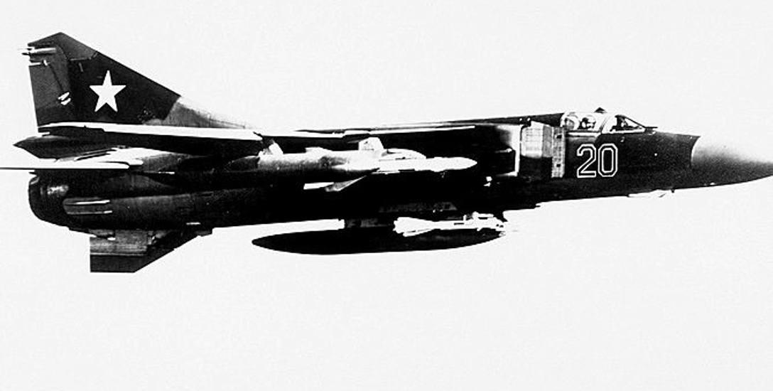 To właśnie m.in. samoloty Mig-23 z Bagicza-Sianożętów ruszyć miały na wojnę z bombami pochodzącymi z Podborska