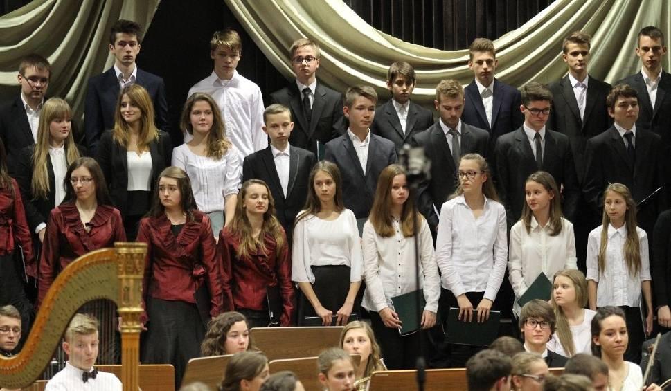Film do artykułu: Wielka gala Szkoły Muzycznej w Kielcach z Krzesimirem Dębskim