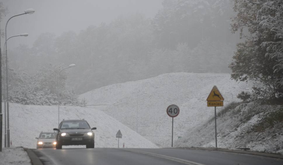 Film do artykułu: Uwaga! Od rana na drogach regionu może być ślisko!
