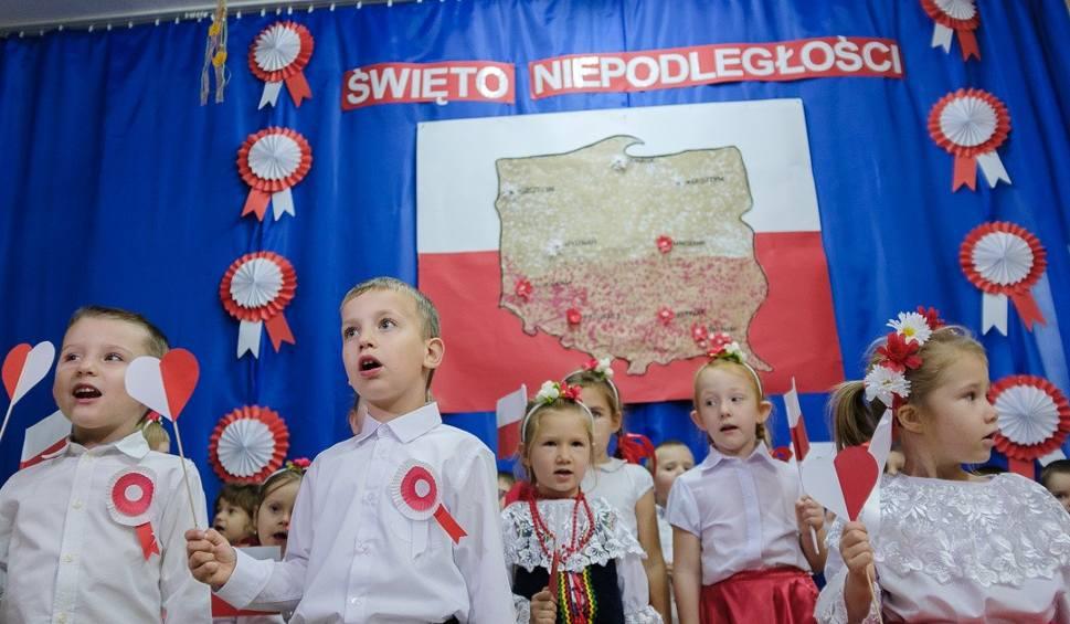 Film do artykułu: Tarnów. Przedszkolaki uczciły rocznicę odzyskania niepodległości [ZDJĘCIA]