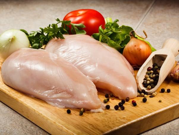 Skażone mięso z Niemiec na Pomorzu. Lista sklepów, do których trafił drób z fipronilem