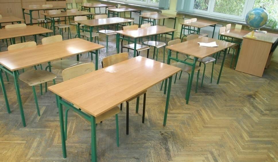 Film do artykułu: Dyrektor szkoły w Zamościu hejtowała w sieci? Trwają procesy
