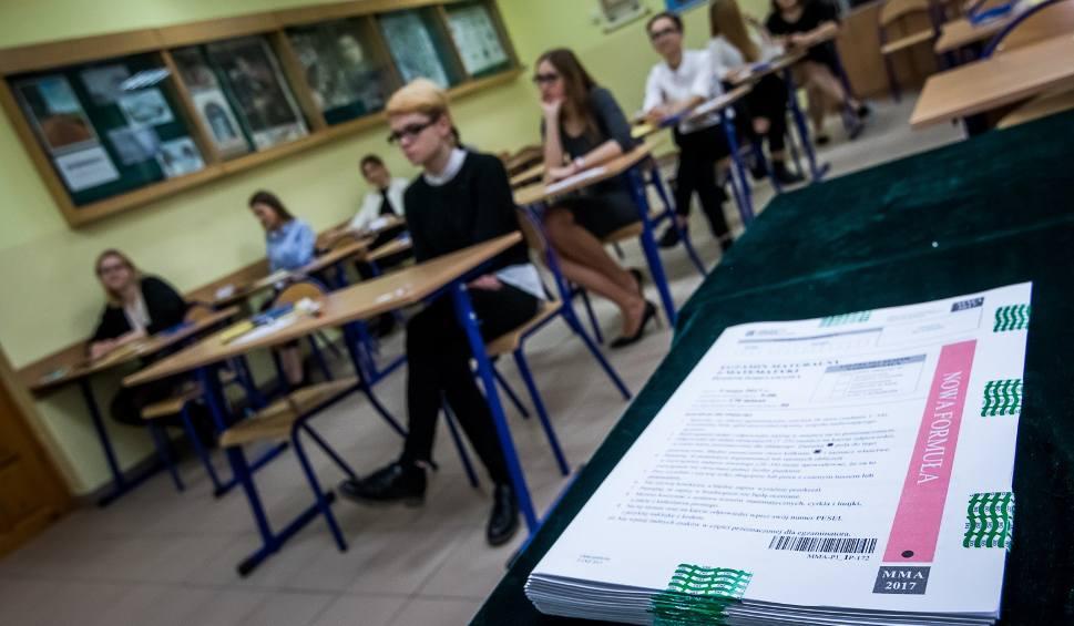 Film do artykułu: Absolwenci bydgoskich szkół średnich mogą ubiegać się o stypendium od miasta