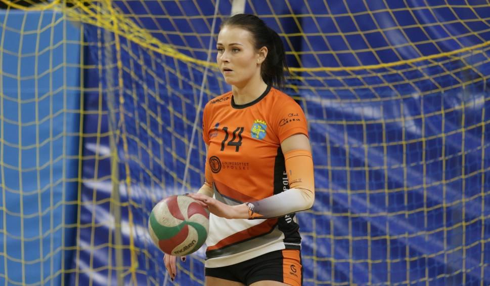 Film do artykułu: 1 liga siatkówki kobiet. Niekorzystny końcowy wynik w meczu Uni Opole w cieniu kontuzji