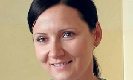 Magdalena Geniusz-Starostka od 2011 roku zajmuje się przygotowywaniem wniosków mobilnościowych dla uczniów ZSE w Radomsku