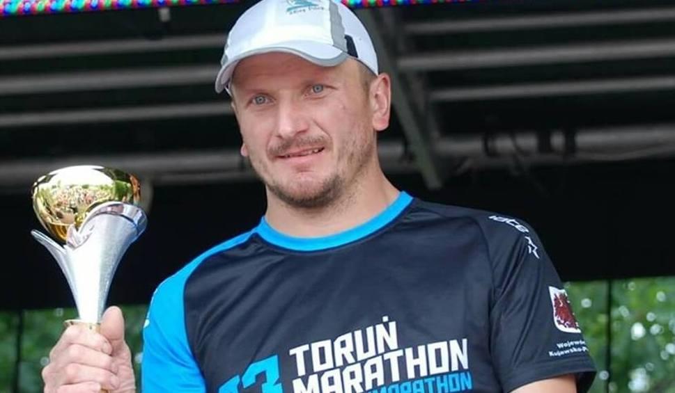 Film do artykułu: Karol Grabda z gminy Mirów najlepszy w swojej kategorii podczas mazurskiego maratonu