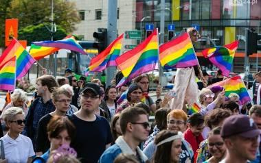 Petycja w sprawie Karty LGBT+ jest bezzasadna? Prezydent jej nie wprowadzi