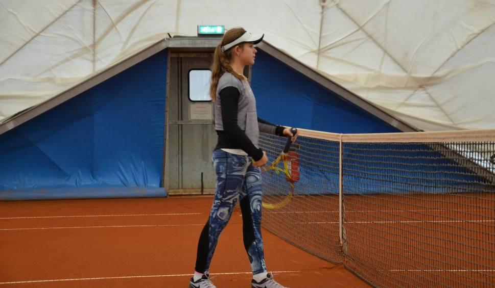 Film do artykułu: Dominika  kolejny raz pokazała klasę w Berlinie. Zadebiutowała w barwach jednego z największych i najstarszych klubów tenisowych świata
