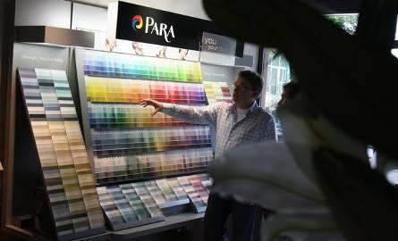 Kolory roku 2009 to kolory ponadczasowe, barwy ziemi, kolory dopełniające, które pasują praktycznie do każdego wystroju – mówi Mariusz Kaperczak z firmy