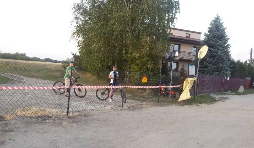 Film do artykułu: Dąbrowa Górnicza: będzie nowa ścieżka rowerowa na Pogorii IV. Koniec kłopotów?