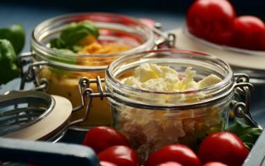 Pyszne sałatki na zimę do słoika - zobaczcie przepisy.