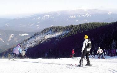 Ośrodek Pilsko w gminie Jeleśnia może być mekką dla narciarzy, ale trzeba zadbać m.in. o dojazd do Korbielowa