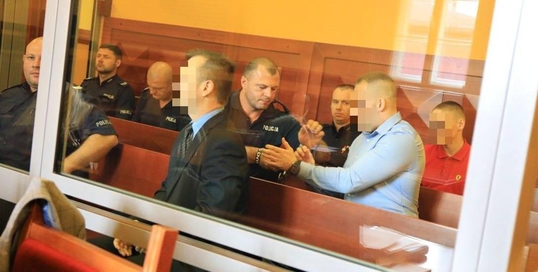 Oskarżonym grożą surowe wyroki