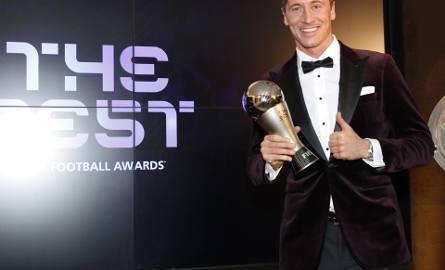 Robert Lewandowski wybrany do najlepszej jedenastki roku w grze FIFA 21!