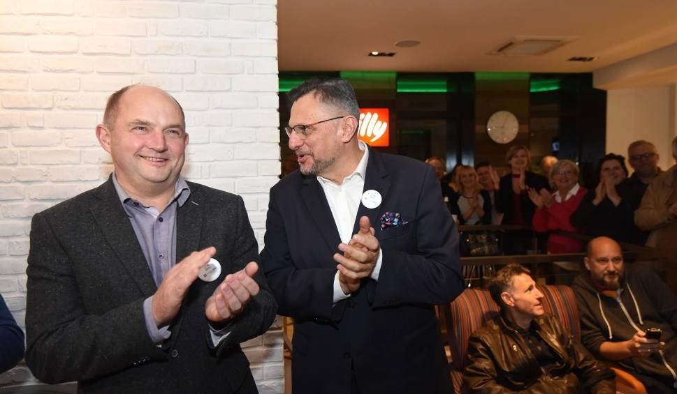 Film do artykułu: Piotr Całbecki głównym kandydatem na stanowisko marszałka