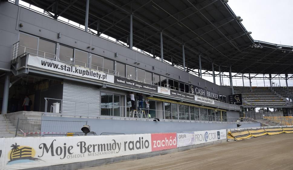 Film do artykułu: Gorzów. Stadion żużlowy ma już nowe loże. Otwarcie będzie przed meczem o brązowy medal