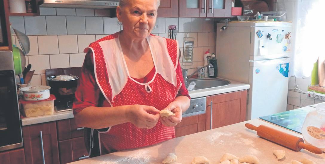 Już rozpoczęliśmy lepienie pierogów. Potrzeb ich nawet pięć tysięcy- mówi Barbara Kulczycka Teraz problemem mogą być grzyby do pierogów. Choć ostatnio