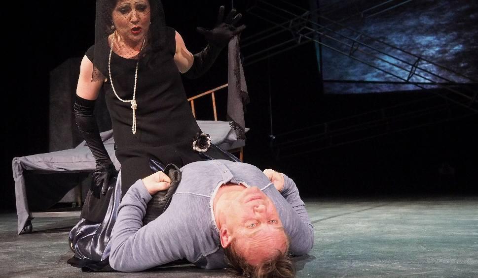 Film do artykułu: Teatr Dramatyczny. Katarzyna Deszcz reżyseruje spektakl Samobójca. Dramat napisał Nikołaj Erdman