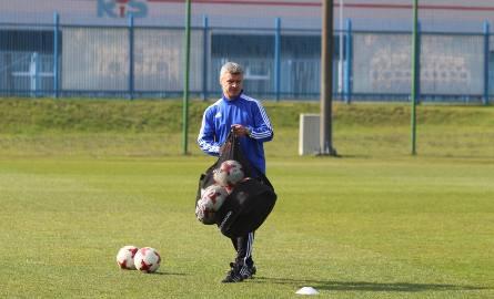 Krzysztof Warzycha czeka na pierwszą wygraną w roli trenera Ruchu.