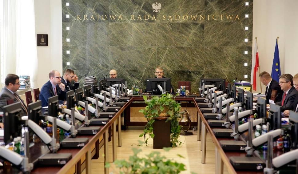 Film do artykułu: Sędzia Jarosław Dudzicz zawiesza działalność jako wicerzecznik KRS. Chodzi o antysemickie wpisy