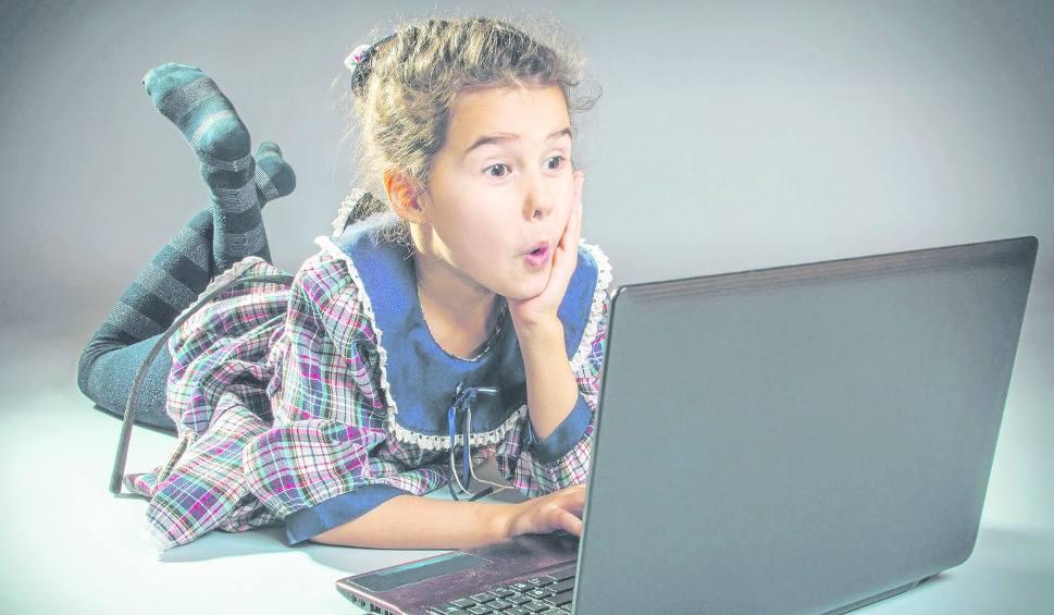 Nastolatki zbyt ufnie wysyłają swoje roznegliżowane