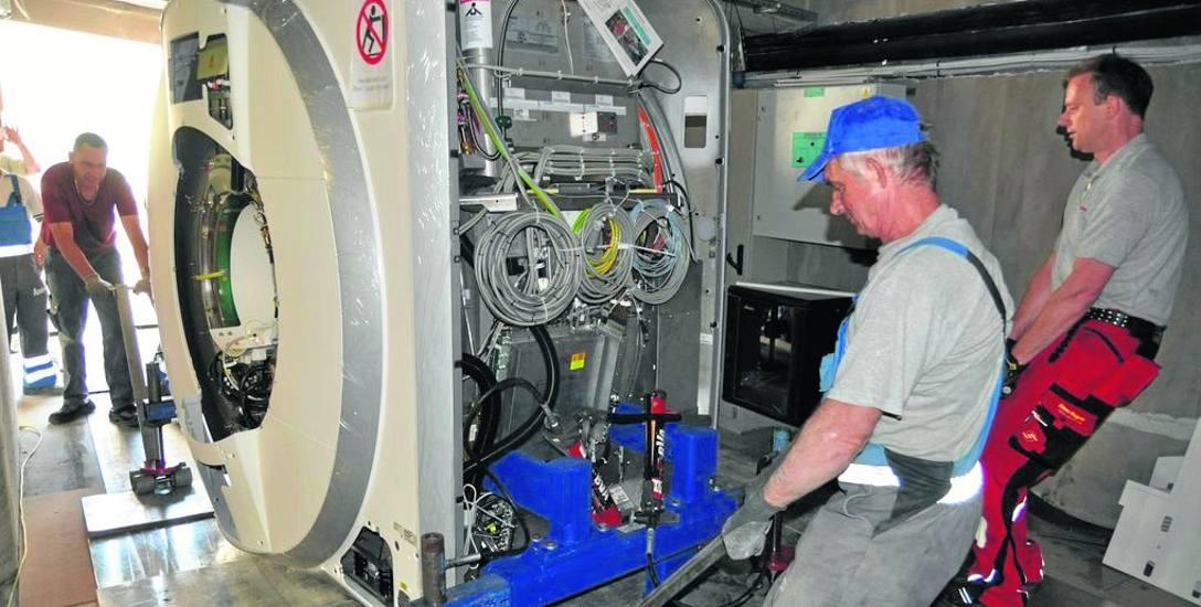 Dokładnie 5 lat temu zamontowano w pracowni diagnostycznej rezonans magnetyczny, samo urządzenie - razem z tomografem - kosztowało 6 mln zł i dopłaciła