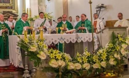 Kulminacyjnym momentem obchodów była msza z udziałem biskupa sandomierskiego Krzysztofa Nitkiewicza.