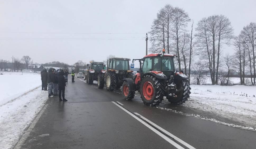 Film do artykułu: Powstanie Chłopskie 2019: Rolnicy zapowiedzieli protesty w całej Polsce. Zablokowali m.in. krajową ósemkę [ZDJĘCIA]