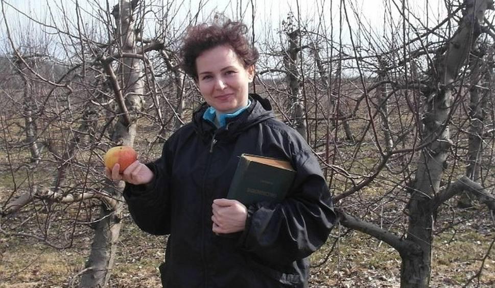 Film do artykułu: Barbara Mazurkiewicz - Białęcka z gminy Sienno z tytułem Kobiety Przedsiębiorczej 2018 w powiecie. Promuje jabłka od rolnika i eko-żywność