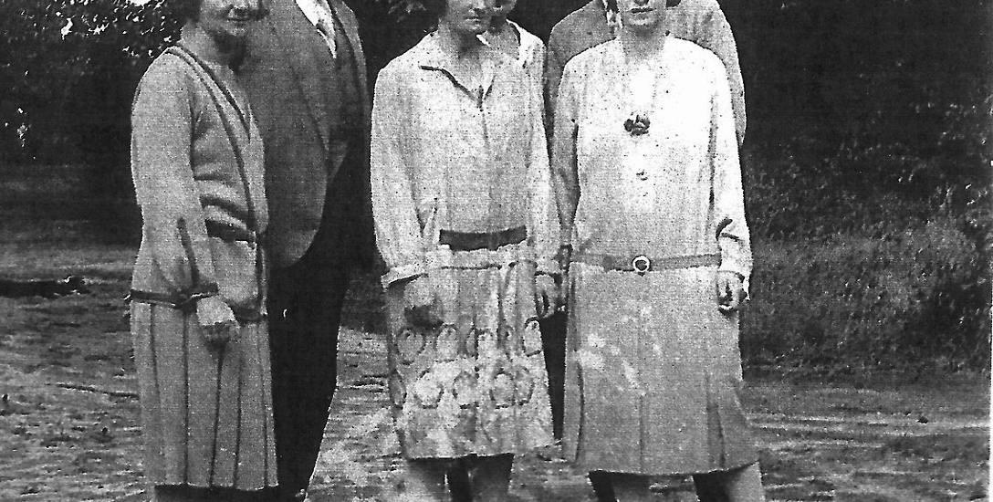Rodzina hrabiów Steckich - właścicieli pałacu w Międzyrzecu Koreckim i posiadłości ziemskiej liczącej 10 tysięcy hektarów: z lewej Cecylia i Adam, z