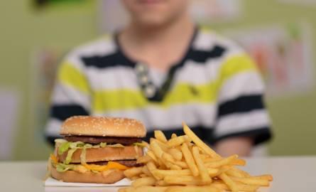 Jedna trzecia dzieci cierpi na nadwagę. Skutki tego odczują jako dorośli