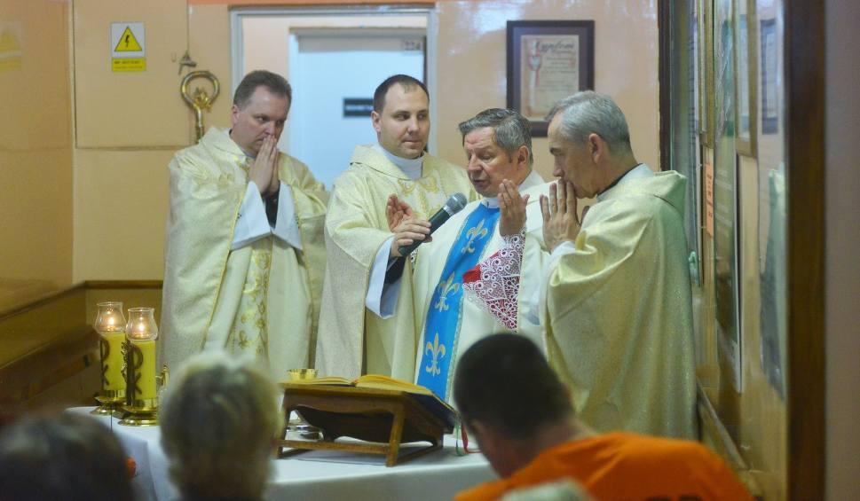 Film do artykułu: Świetowy Dzień Chorego w Radomiu. Biskupi i kapelani odwiedzili pacjentów szpitali