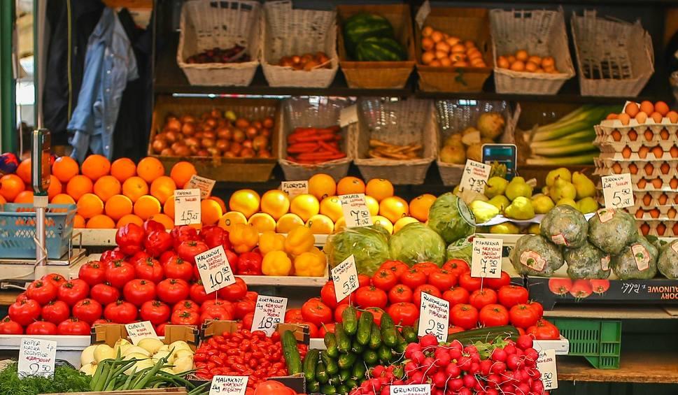 Film do artykułu: Ceny warzyw i owoców 2019 na Pomorzu. Ile kosztuje pietruszka? Ile zapłacimy za truskawki i czereśnie? RAPORT CEN Z POMORZA