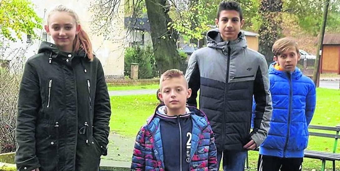 Marta Kawa, Mikołaj Małecki, Bartek Sendłak i Sergiusz Lewandowski znaleźli szczeniaczki