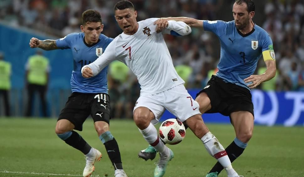 Film do artykułu: UEFA zmanipulowała głosowanie kibiców? Zamiast N'Golo Kante w jedenastce roku pojawił się Cristiano Ronaldo