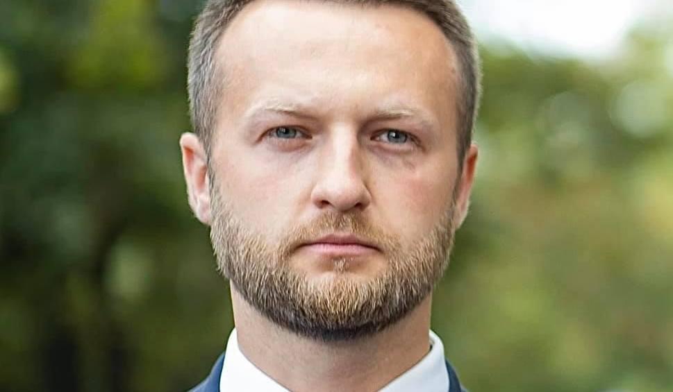"""Film do artykułu: Poseł z Brodnicy Paweł Szramka zakończył współpracę z Pawłem Kukizem. """"Nie zgadzam się na dogadywanie z PiS-em"""". Wideo z konferencji"""