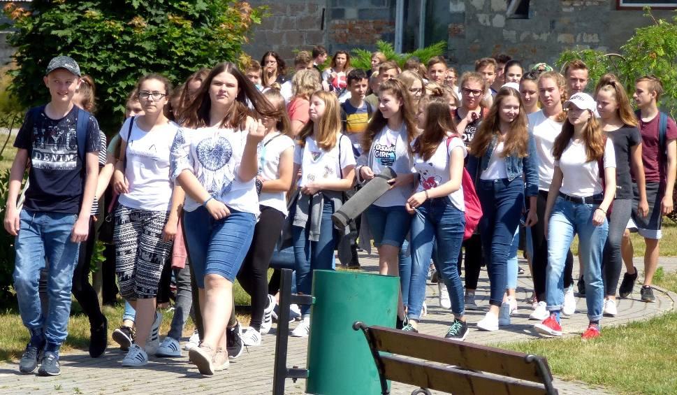 Film do artykułu: Z Duchem Świętym... (Młoda) diecezja kielecka modli się i bawi w Wiślicy