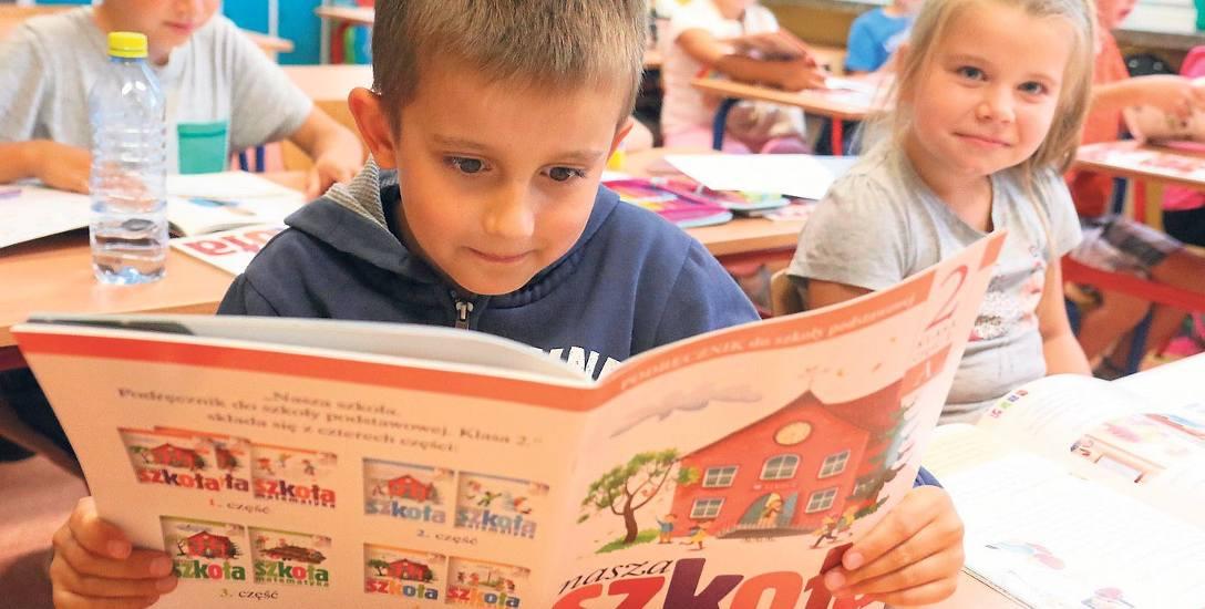 Darmowe podręczniki dla dzieci z podstawówek i gimnazjów