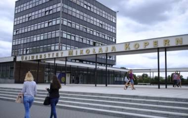 Toruński Uniwersytet Samochodowy [felieton]