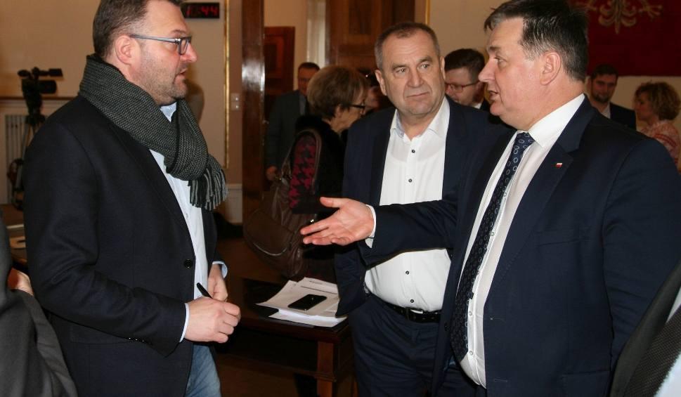 """Film do artykułu: Opozycja w Radzie Miejskiej Radomia nie głosowała na """"nie"""""""