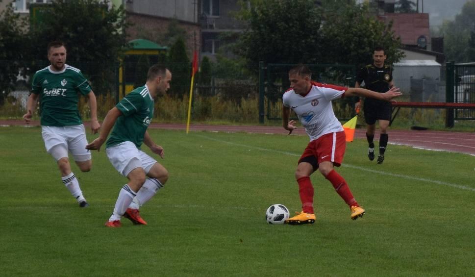 Film do artykułu: Mazowiecka czwarta liga. Pilica Białobrzegi pokonała 4:2 Błoniankę Błonie po bardzo dobrym meczu